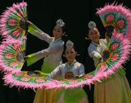Fan-dancing